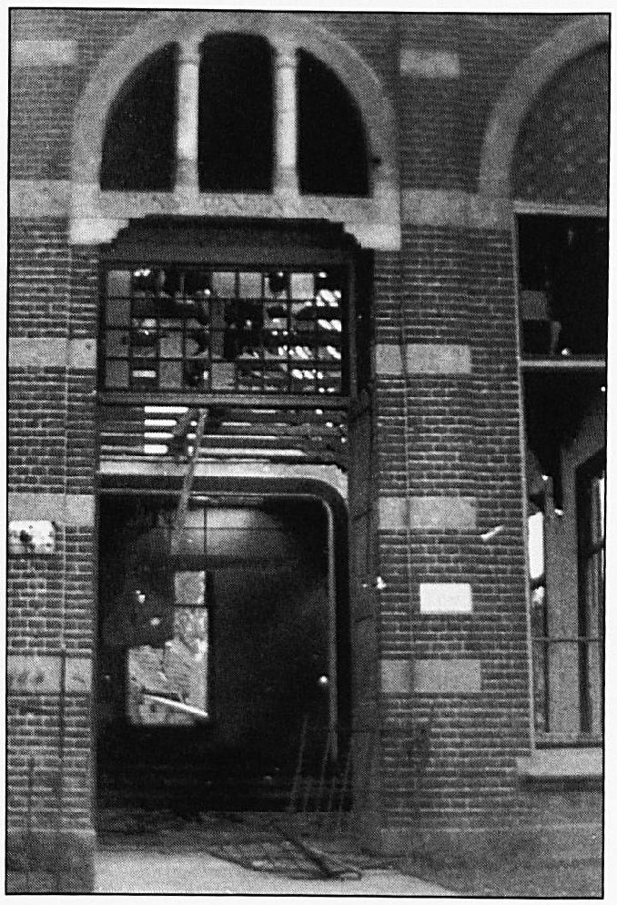 Na de zware periode in het laatste deel van de oorlog bleef dit over van de Vriendenkring. Het gebouw werd gesloopt.