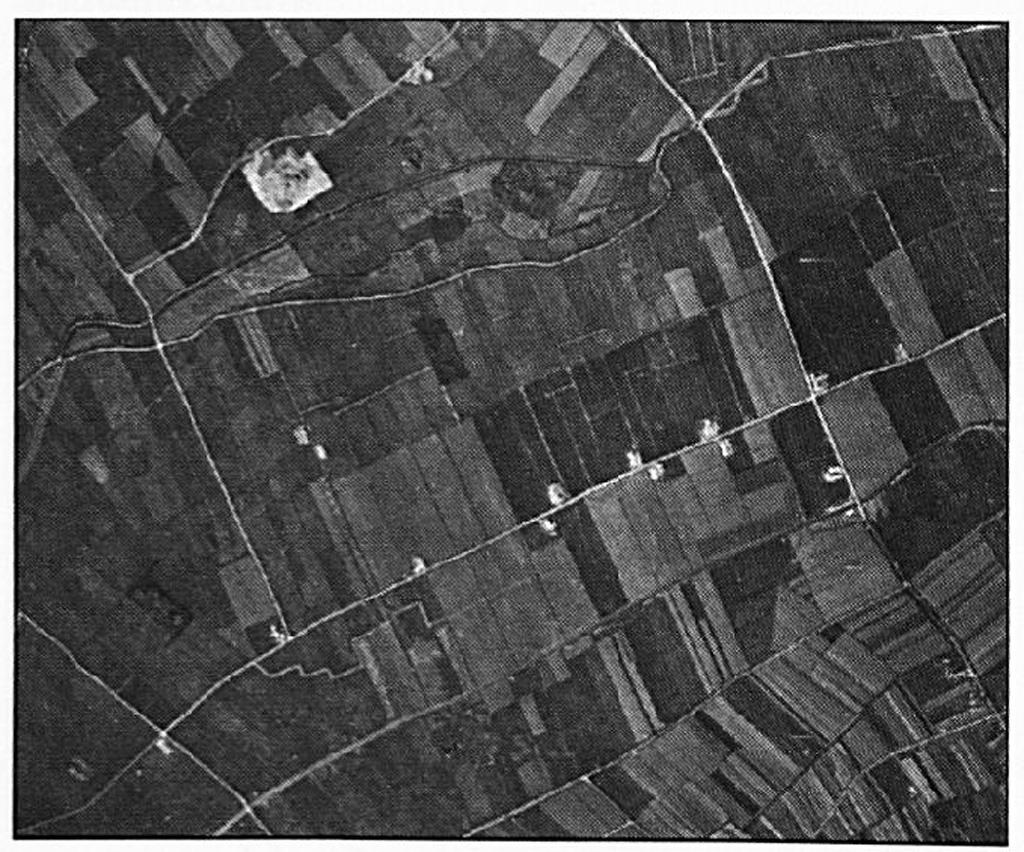 Op deze foto is duidelijk te zien, dat een deel van de Dreumelse Berg werd afgegraven.