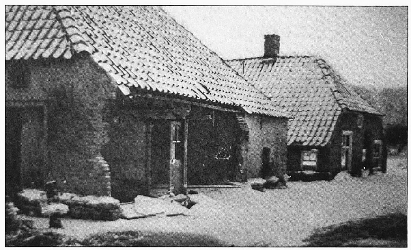 Veel oude huizen werden vernield door ronddrijvende boomstammen van de klompen makerijen.
